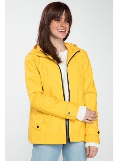 DeFacto Kapşonlu Fermuarlı Yağmurluk Sarı